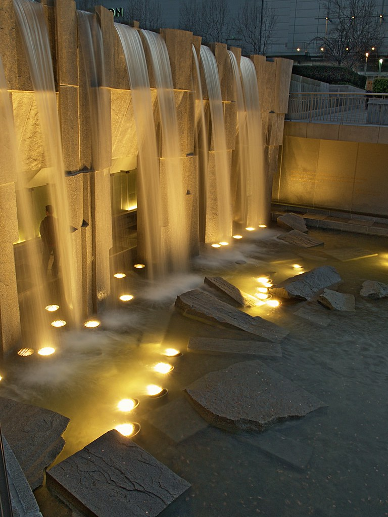 Martin luther king jr memorial yerba buena gardens sa for Architectural landscape lighting