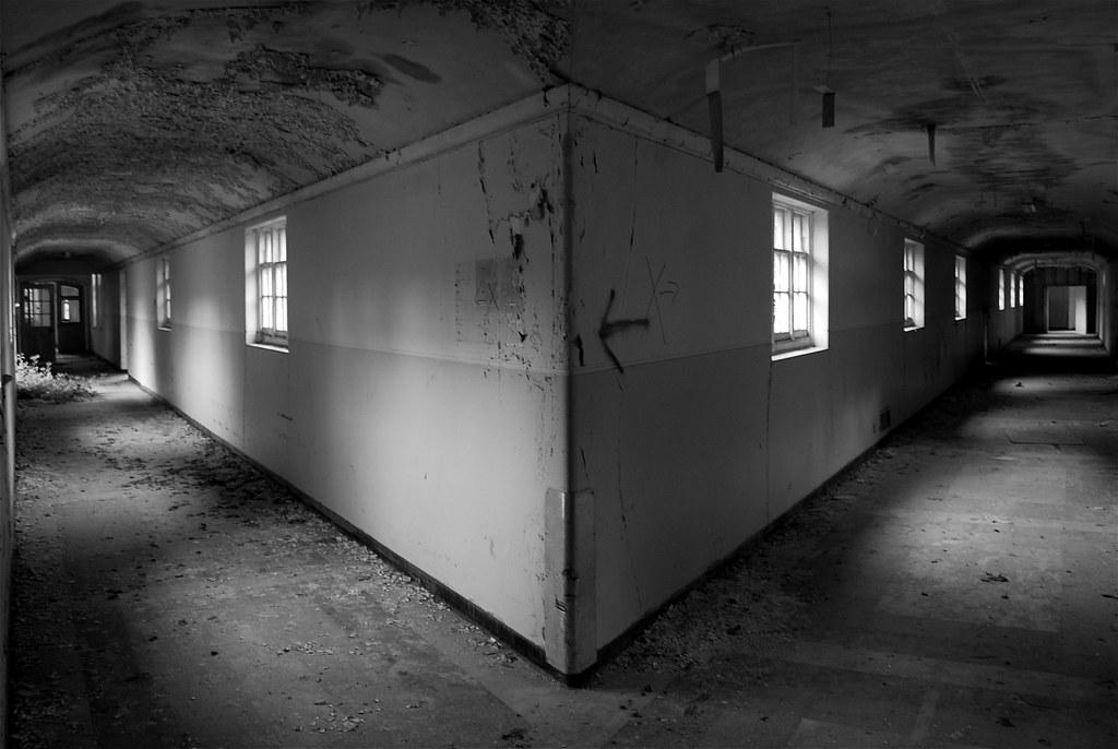 Small Empty Room Ideas