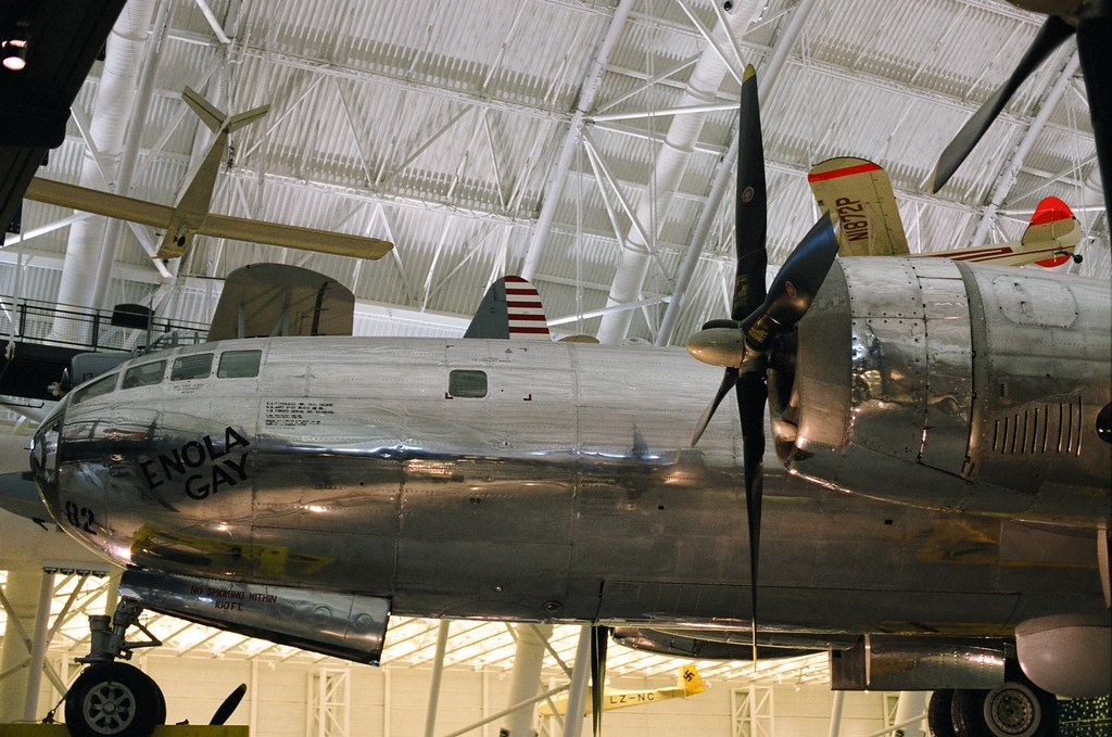 Enola Gay Airplane 109