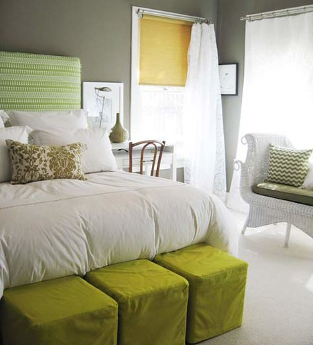Grey walls color accents grey green yellow and a for Dormitorio 3x3