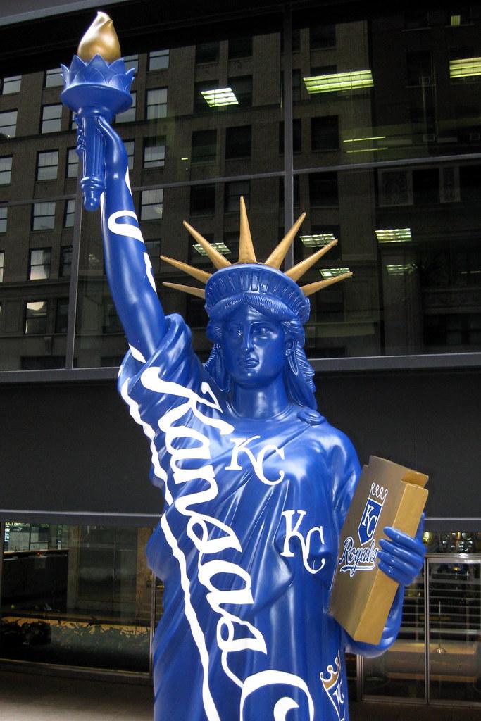 NYC - Statues of Liberty on Parade: Kansas City Royals ...
