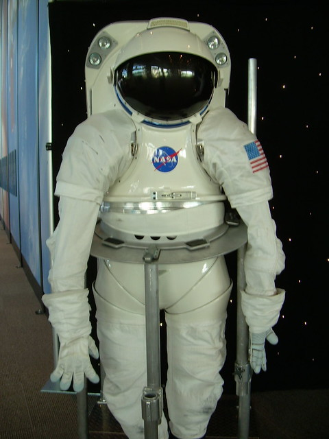 nasa space suit info - photo #19
