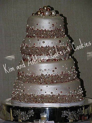 edible pearls for wedding cakes metallic pearl cake www kimandashlee edible pearls 13909