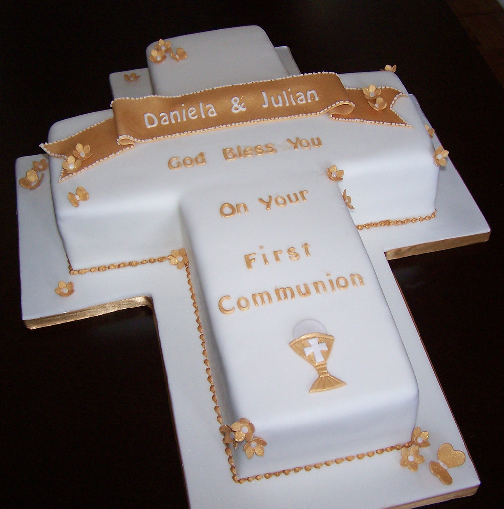 Cross cake for a first communion this cake was for a for Idee deco kart cross
