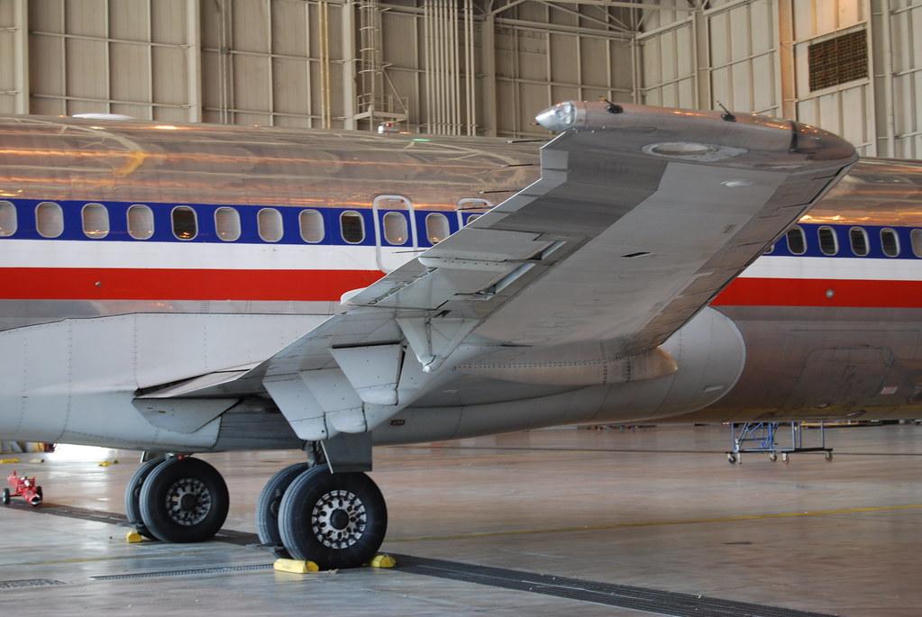 Mcdonnell Douglas Md 80 American Airlines Dfw Maintenanc