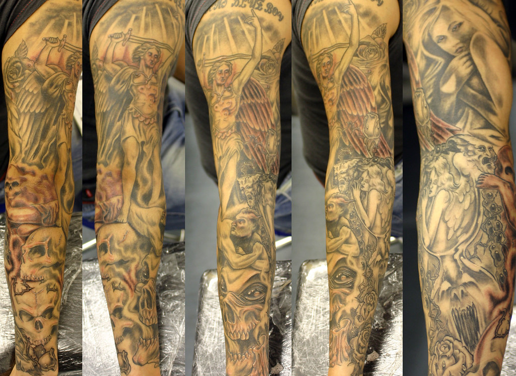 Tattoo Images of Angels And Demons Angels-and-demon-sleeve-tattoo