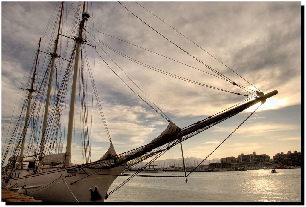 Atardecer en el puerto burriana castell n de la plana - Puerto burriana ...