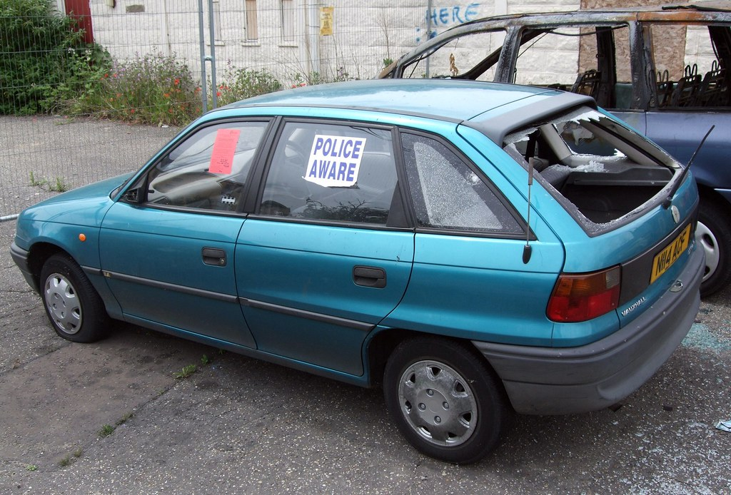 1996 gm vauxhall astra seen in hill road south a run down flickr. Black Bedroom Furniture Sets. Home Design Ideas