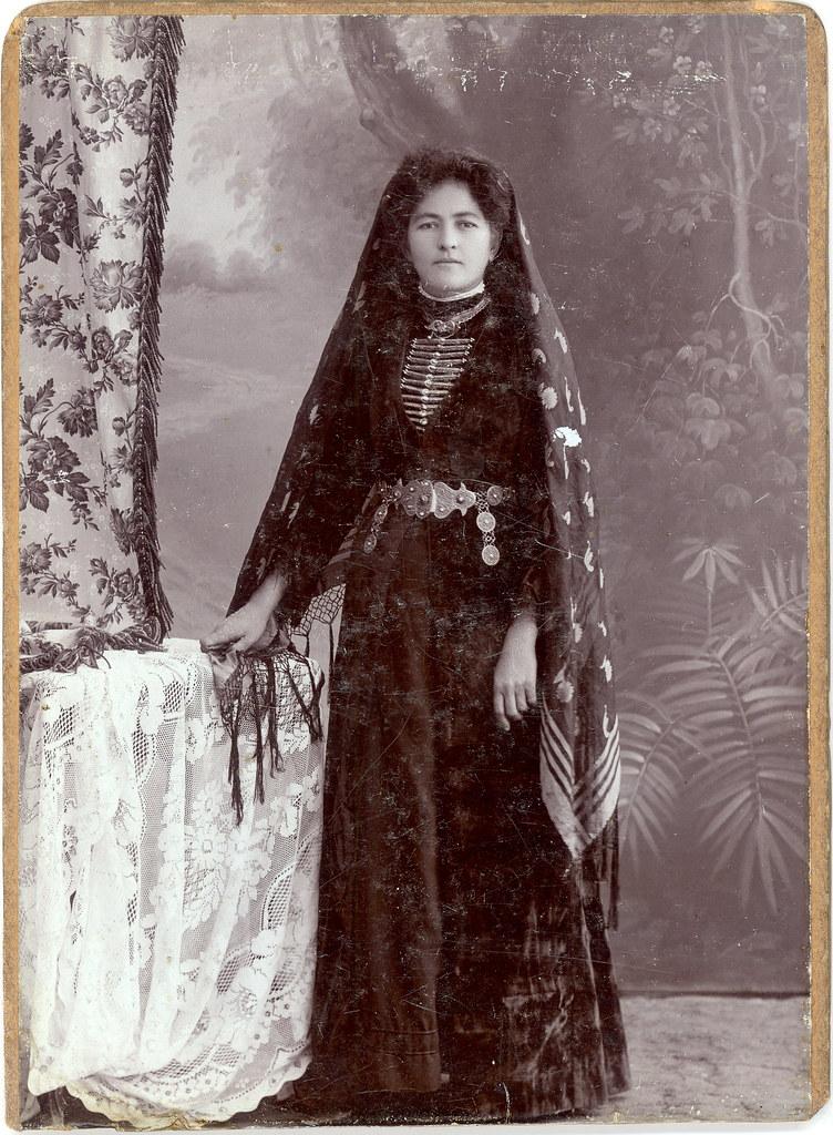 Beautiful Circassian Woman A Circa 1900 Albumen