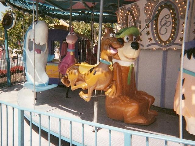 Hanna Barbea Carousel gang