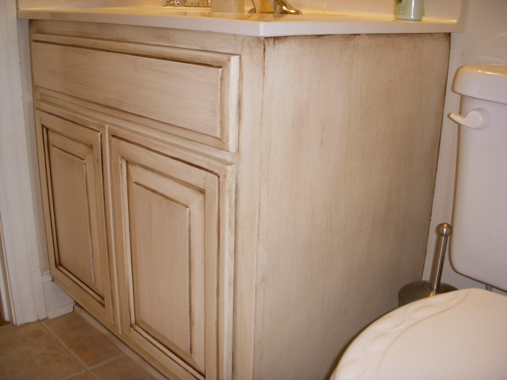 Cream Cabinets With Allover Glaze Cream Painted Oak