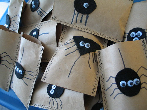 Halloween treat bags | by pillowhead designs