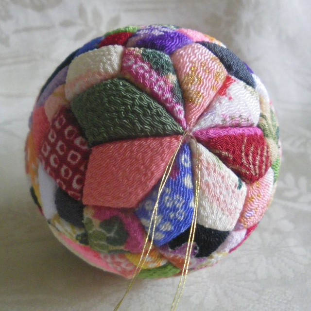 Precious Ornament Ball Box Top This Craft Idea From
