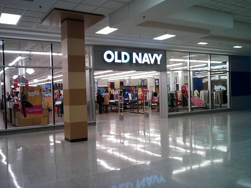 Worst Old Navy I have ever been too. We normally go to the one at the Summit or Alabaster only because I forget this one is here in the galleria. I will never go back.2/5(4).