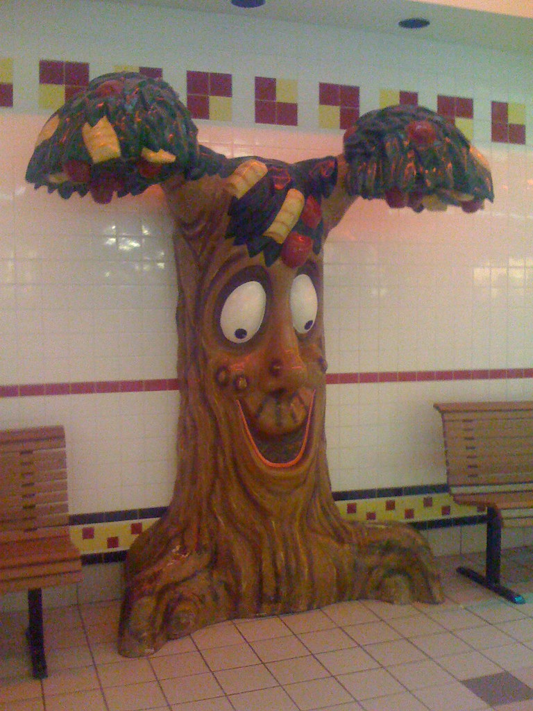 Fort Wayne Mall >> Mall McDonald's fast food totem tree | I remember when as ...