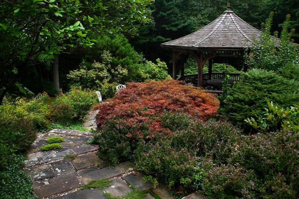the healing garden massage
