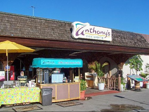 Anthony 39 s fish grotto san diego on the bay in san diego for Anthony s fish grotto san diego