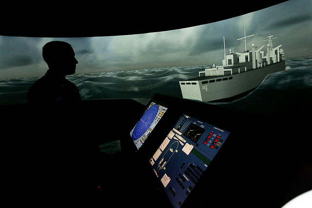 Navy Ship Bridge Simulator | Lt  Joshua Lipsker demonstrates… | Flickr