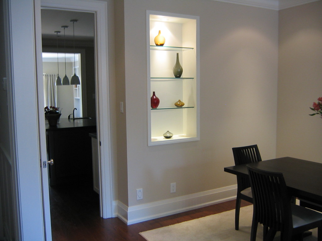 Dining room with wall niche dining room with wall niche for Dining room niche ideas