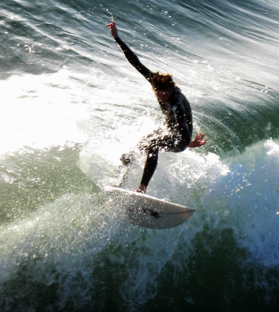 South Pacific Beaches: Flying High At Pacific Beach, Surfing's Best San Diego
