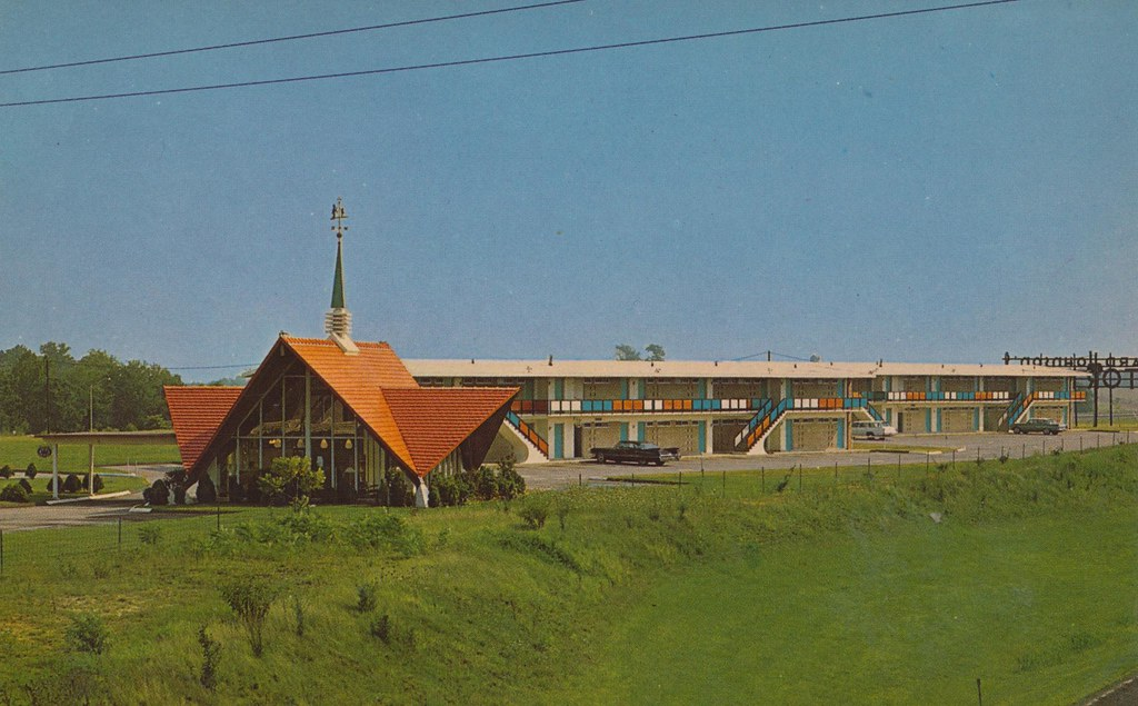 Howard johnson 39 s motor lodge mt holly new jersey flickr for Smith motor company nj
