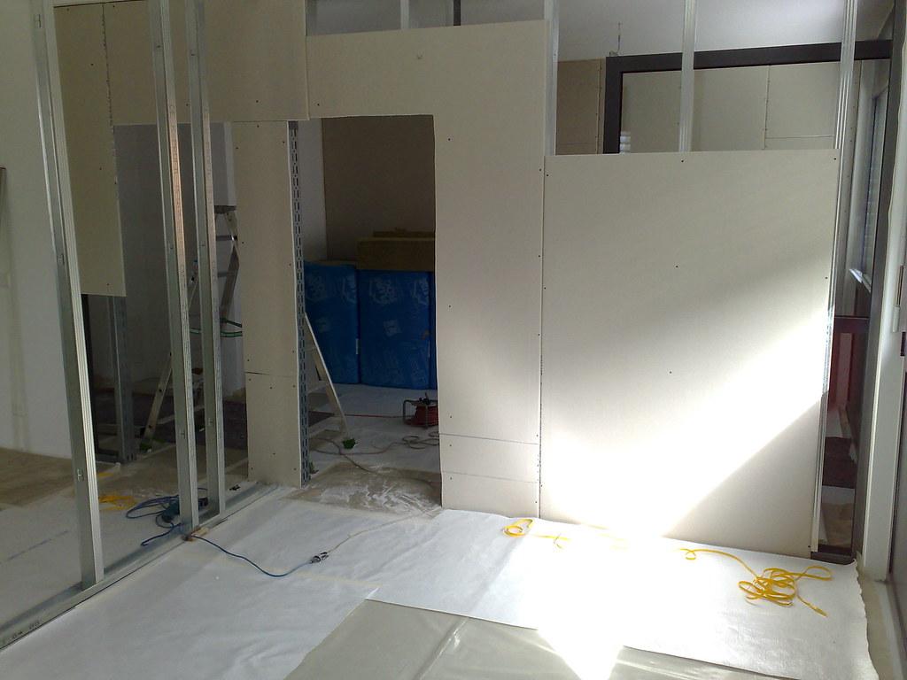 Allestimento nuovo ufficio allestimento sale e pareti for Allestimento ufficio