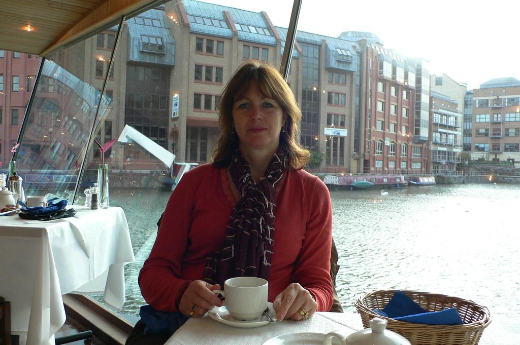 Bristol Glass Boat Restaurant