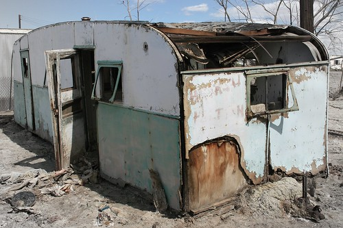 Abandoned trailer at Salton Sea Beach | by slworking2