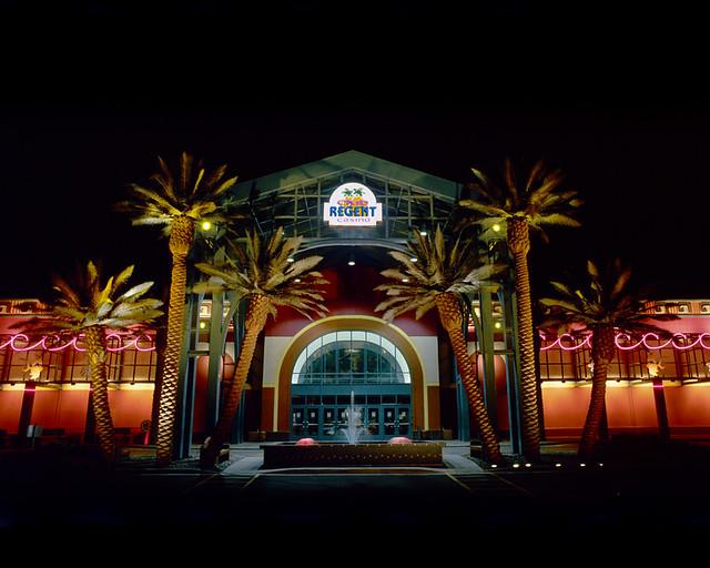casino club regent winnipeg