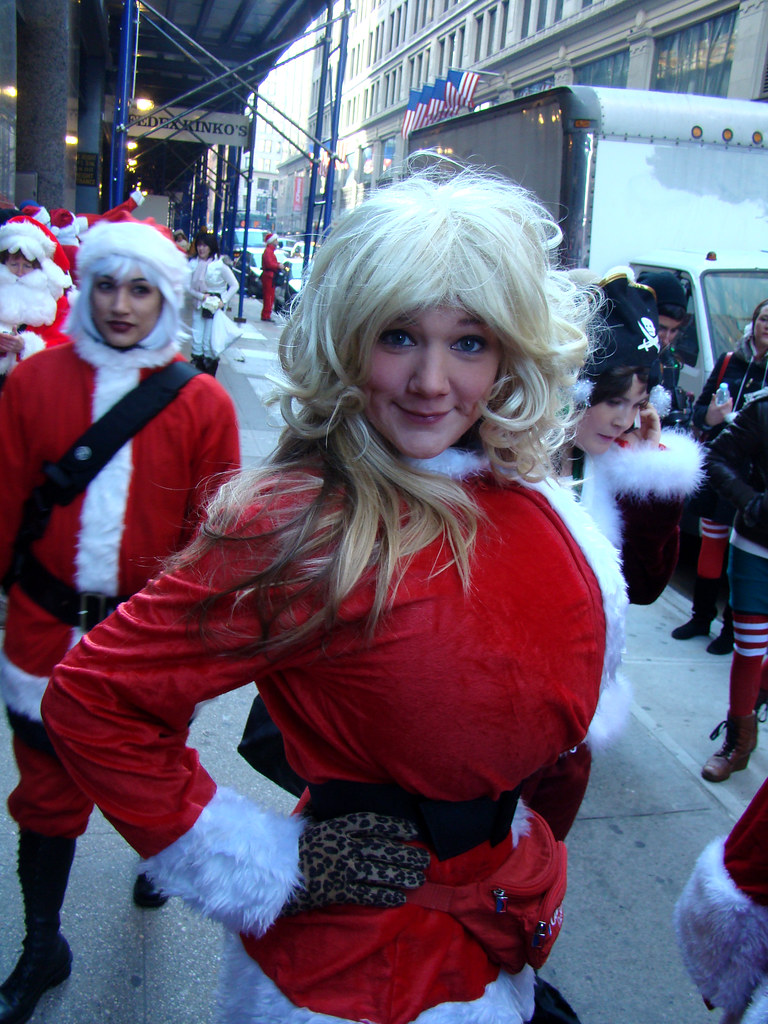 Busty Santa  Taken At New York Santacon 2008 En-9441