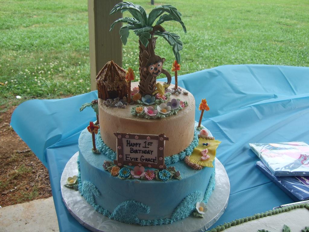 How To Make A Beach Hut Cake
