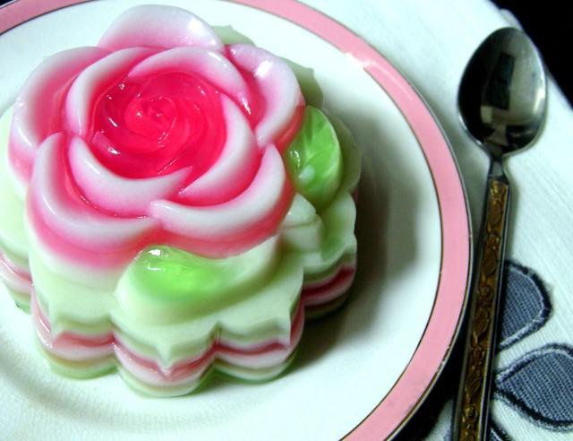 Rose Jelly Cake Recipe: Coconut Milk Jello..:))