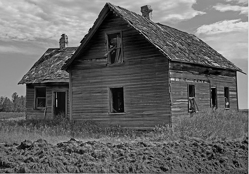 Abandoned Farm House | by Ian McKenzie
