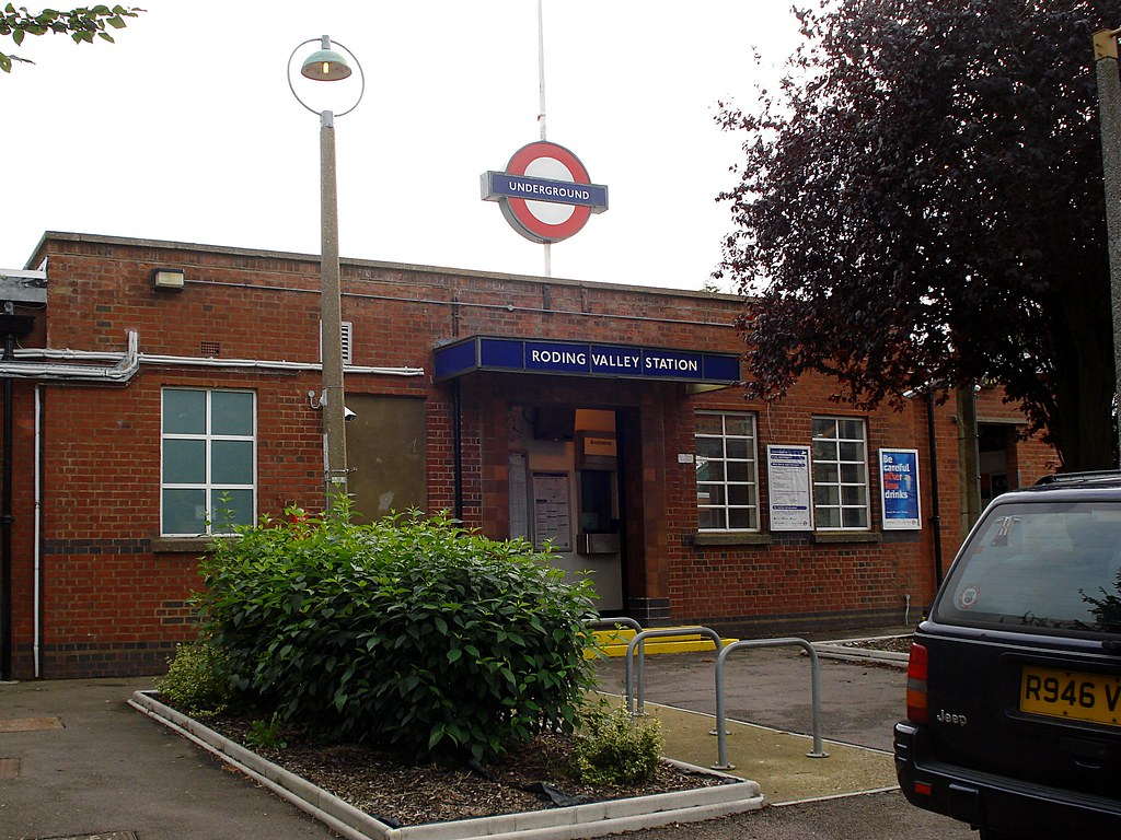 Roding Valley Station Zone 4 Tube Station On The