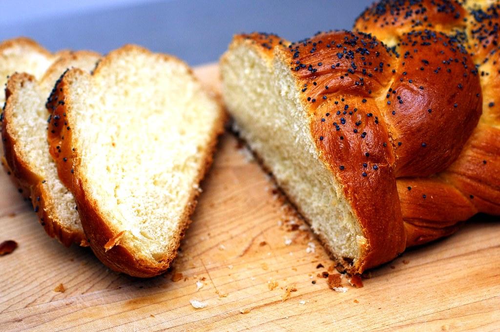 sliced   Best Challah (Egg Bread) on smittenkitchen.com   deb   Flickr