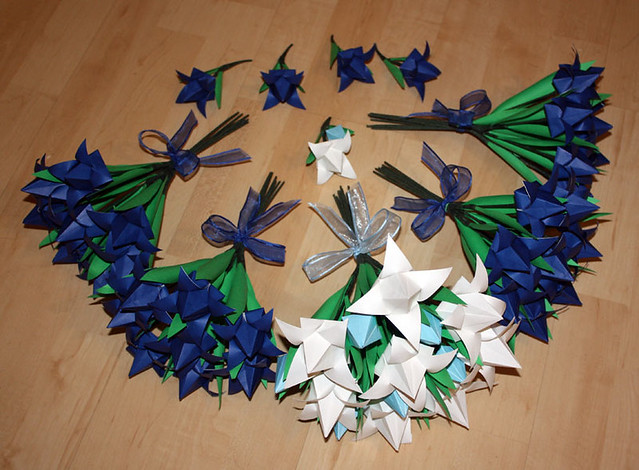 Origami wedding flowers please view my profile for more in flickr origami wedding flowers by amandakay82 origami wedding flowers by amandakay82 mightylinksfo