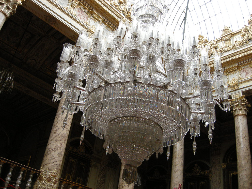 Baccarat Chandelier In Dolmabahce Palace, Turkey Royalty ... |Dolmabahce Palace Chandelier