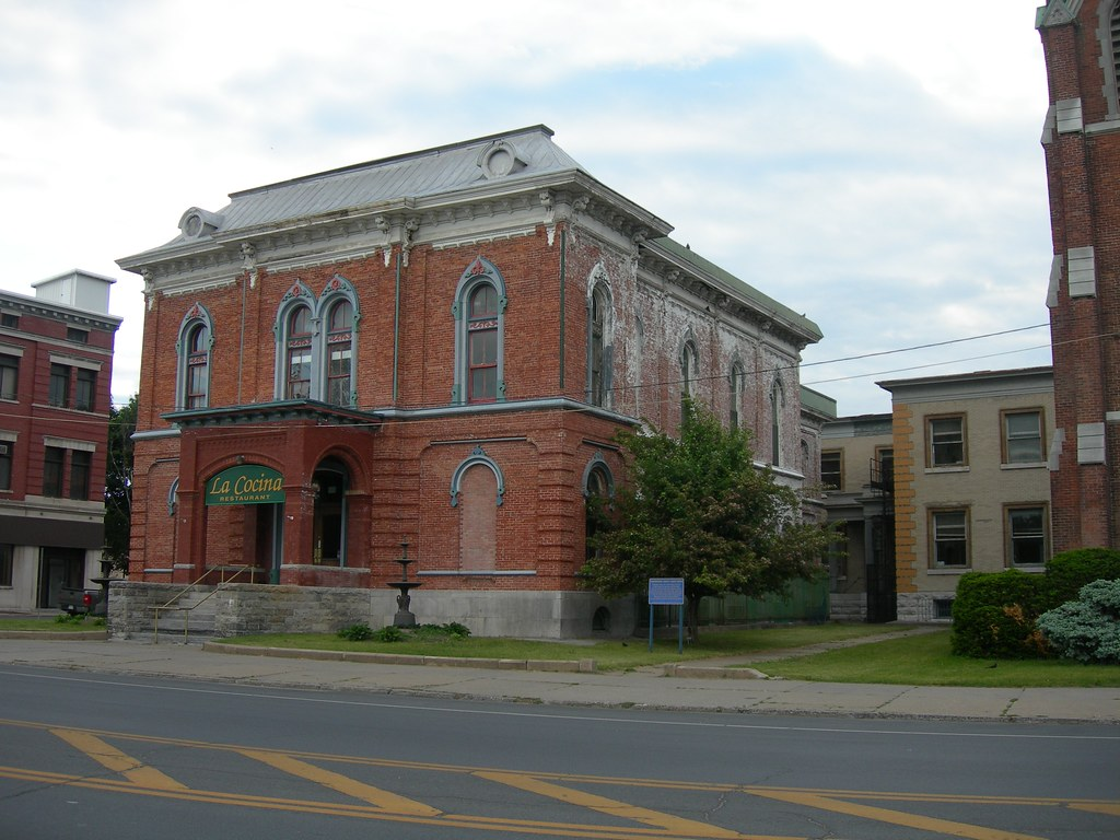 Old washington county court house hudson falls new for Country house com