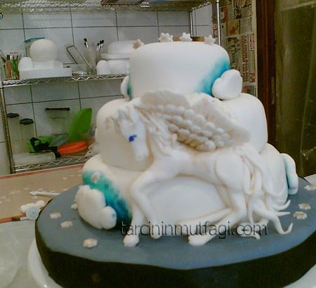 Hunter Jumper Cake
