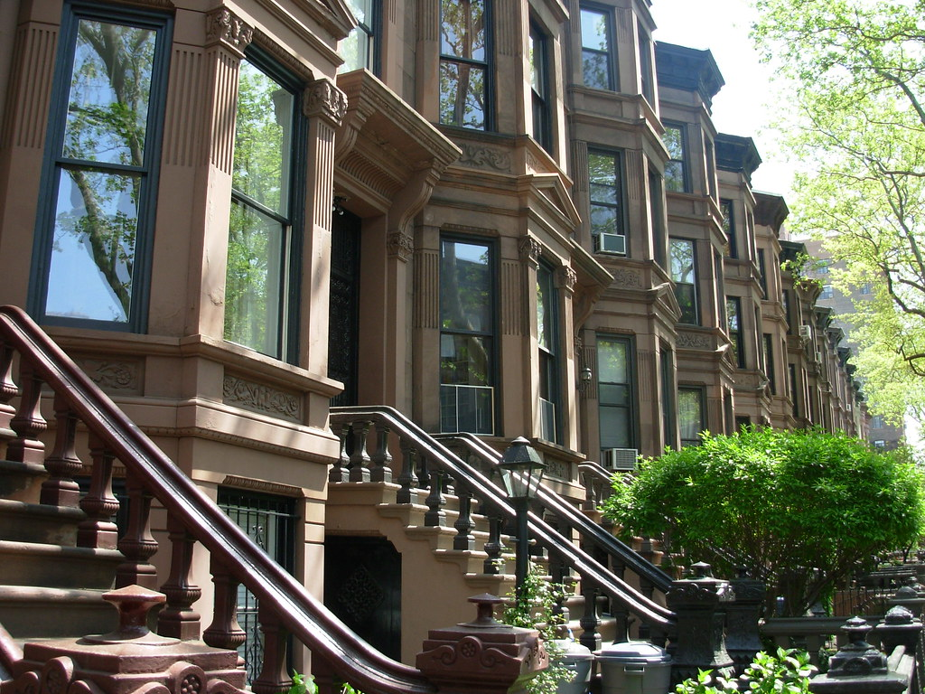 Brooklyn brownstones row of brownstones in the park for Buying a house in brooklyn