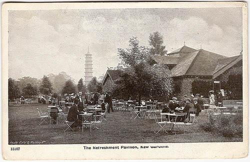 Refreshment Pavilion and Pagoda, Kew Gardens (postcard) | by whatsthatpicture