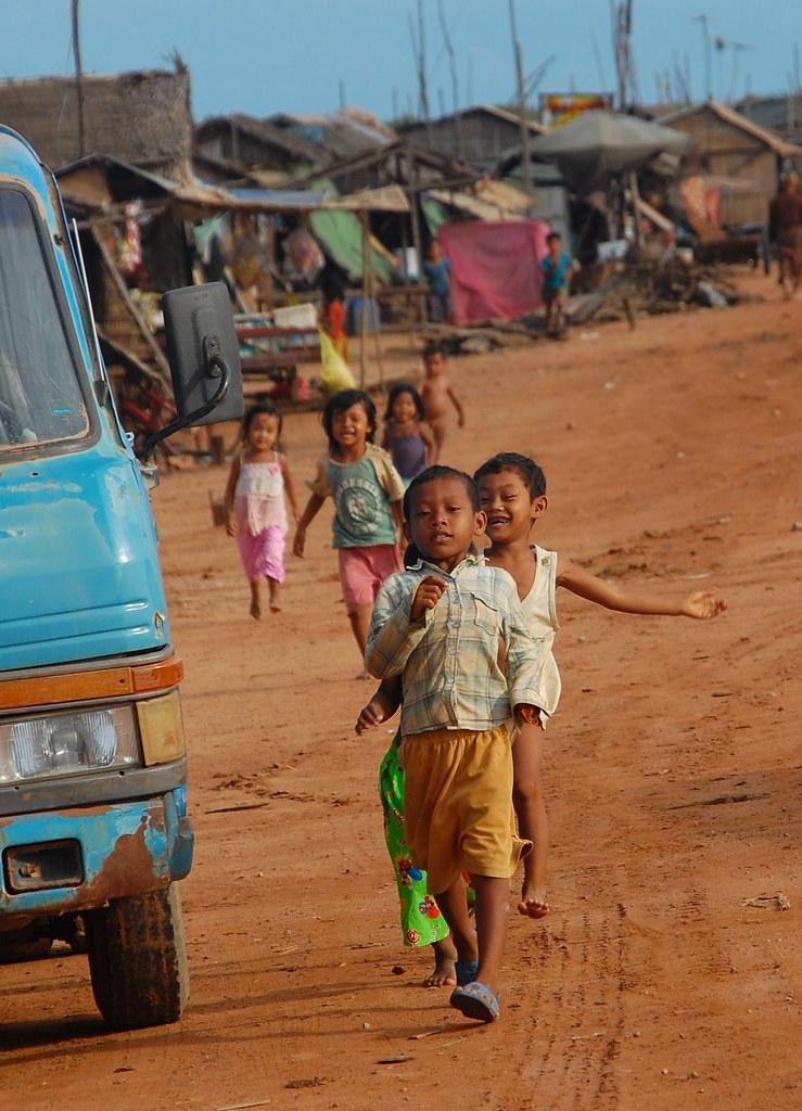cambodia children running