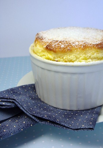 Apricot honey soufflé / Suflê de damasco e mel | by Patricia Scarpin