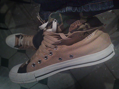 79d141ac1394 Converse double layered sneakers
