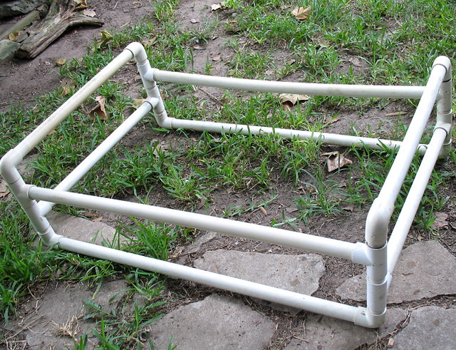 Pvc Dog Bed Frame Dog Bed Made From Pvc Pipe I M Replacin Flickr