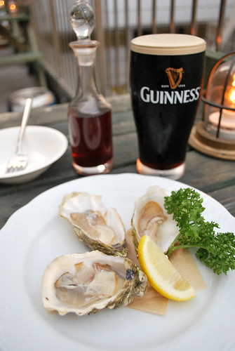 guinness and Irish premium oyster set | by [puamelia]