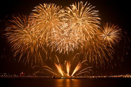 Gold Fireworks   Flickr - Photo Sharing!