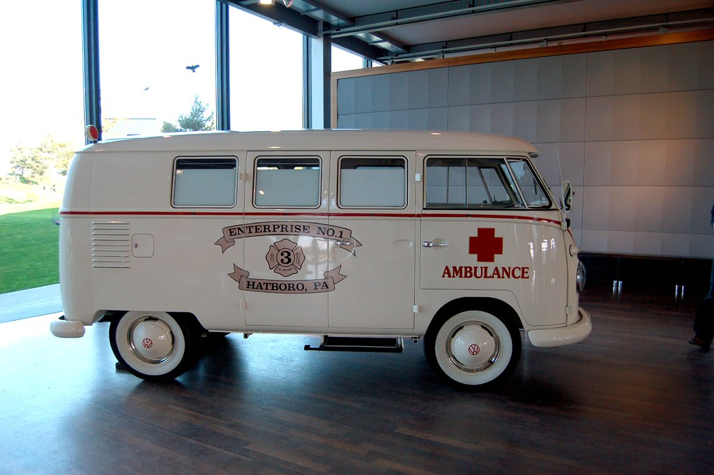 Vw Bus Ambulance Zeithaus At The Volkswagen Autostadt