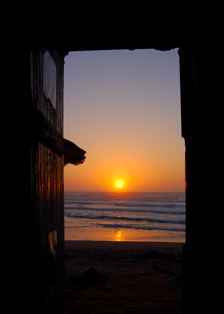 Sunset Through The Doorway Of The R Bat Surf Grotto Flickr