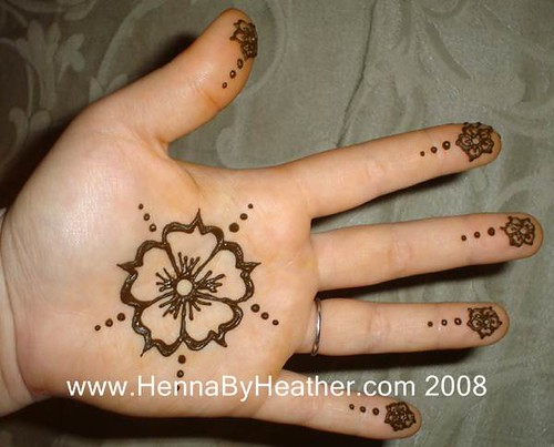 Mehndi Flower For Hand : Simple flower center hand henna by heather